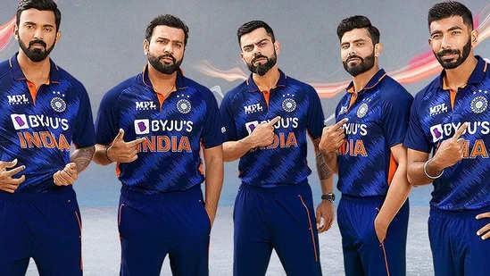 टी-20 वर्ल्डकप: के लिए टीम इंडिया की नई जर्सी लॉन्च, रोहित-विराट दिखे नए रंग में