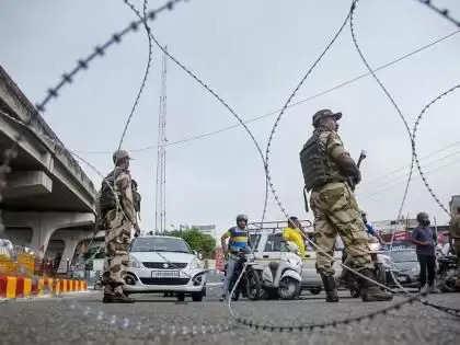 जम्मू कश्मीर: अल्पसंख्यकों से खाली होने लगी कश्मीर घाटी, दस हजार ने घर छोड़ा