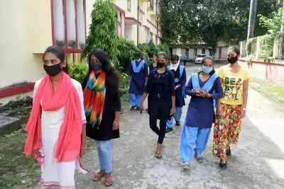 सरकार ने शुरू किया कार्यक्रम,UP की लड़कियां खुशी-खुशी सीखेंगी विज्ञान